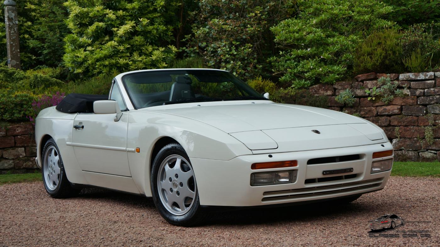 le here Porsche Clear on porsche spyder, porsche boxster, porsche 3.2 carrera,
